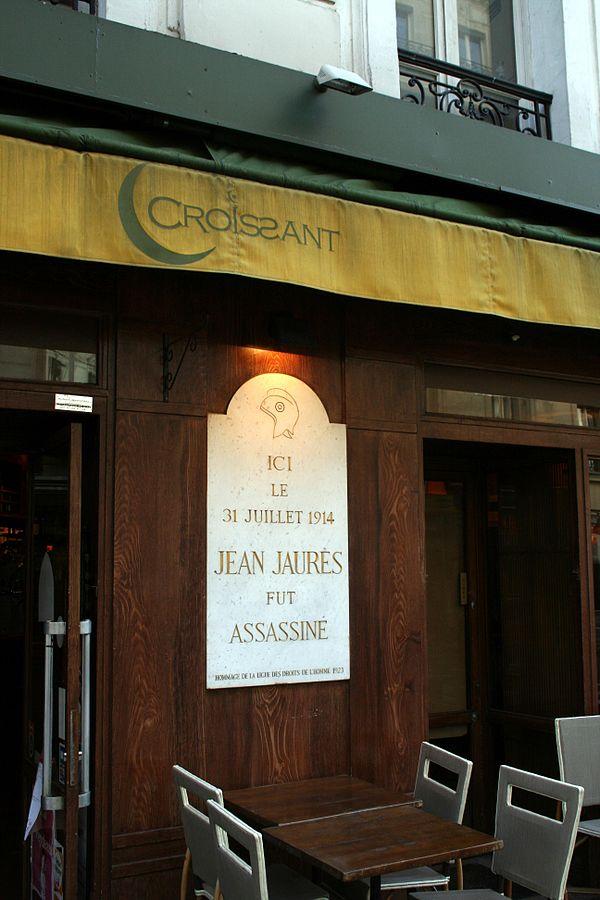 Gedenktafel heute am Café Croissant